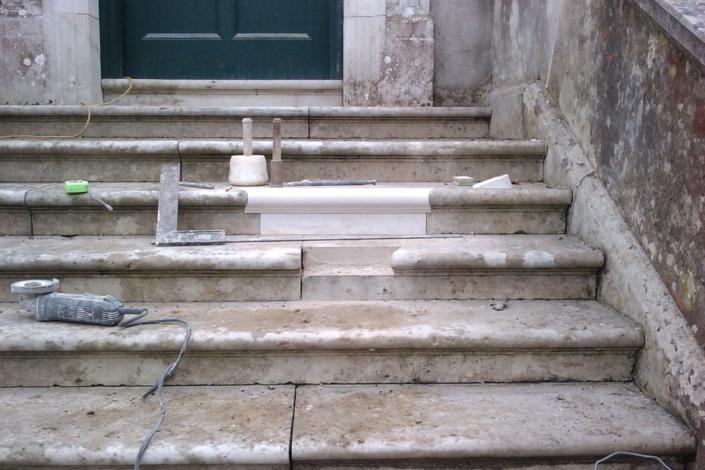 Portland stone , Dorset house 1