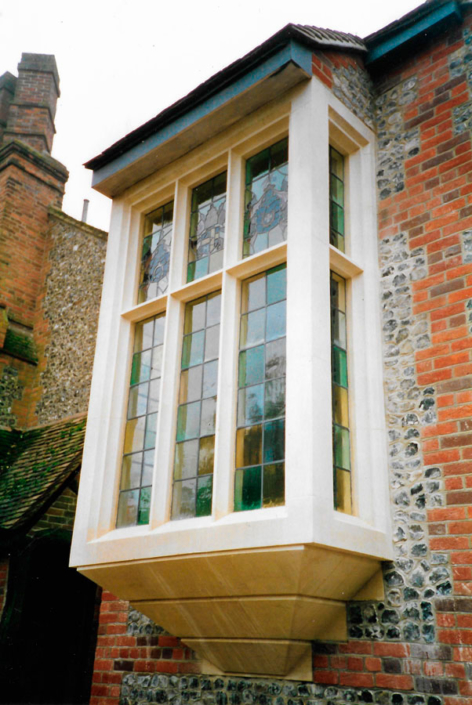 Henley oriel window