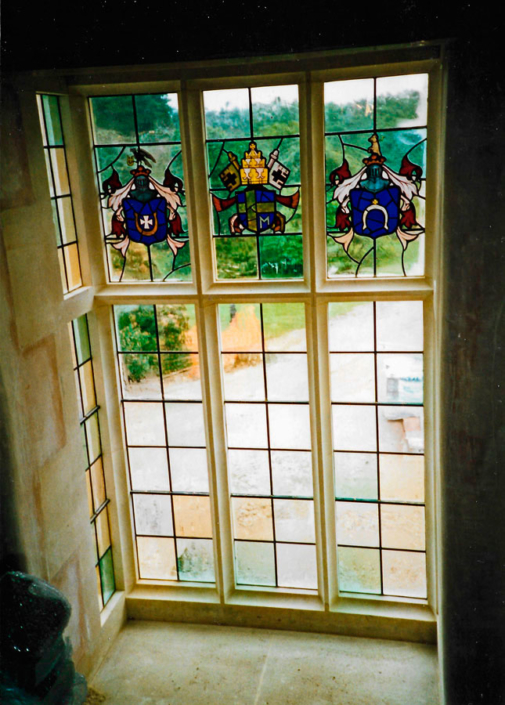 Henley oriel window and glass